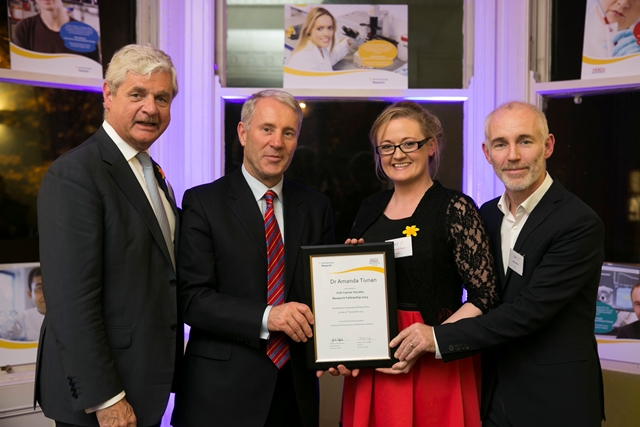 AmandaTivnan receives Irish Cancer Society Research Award